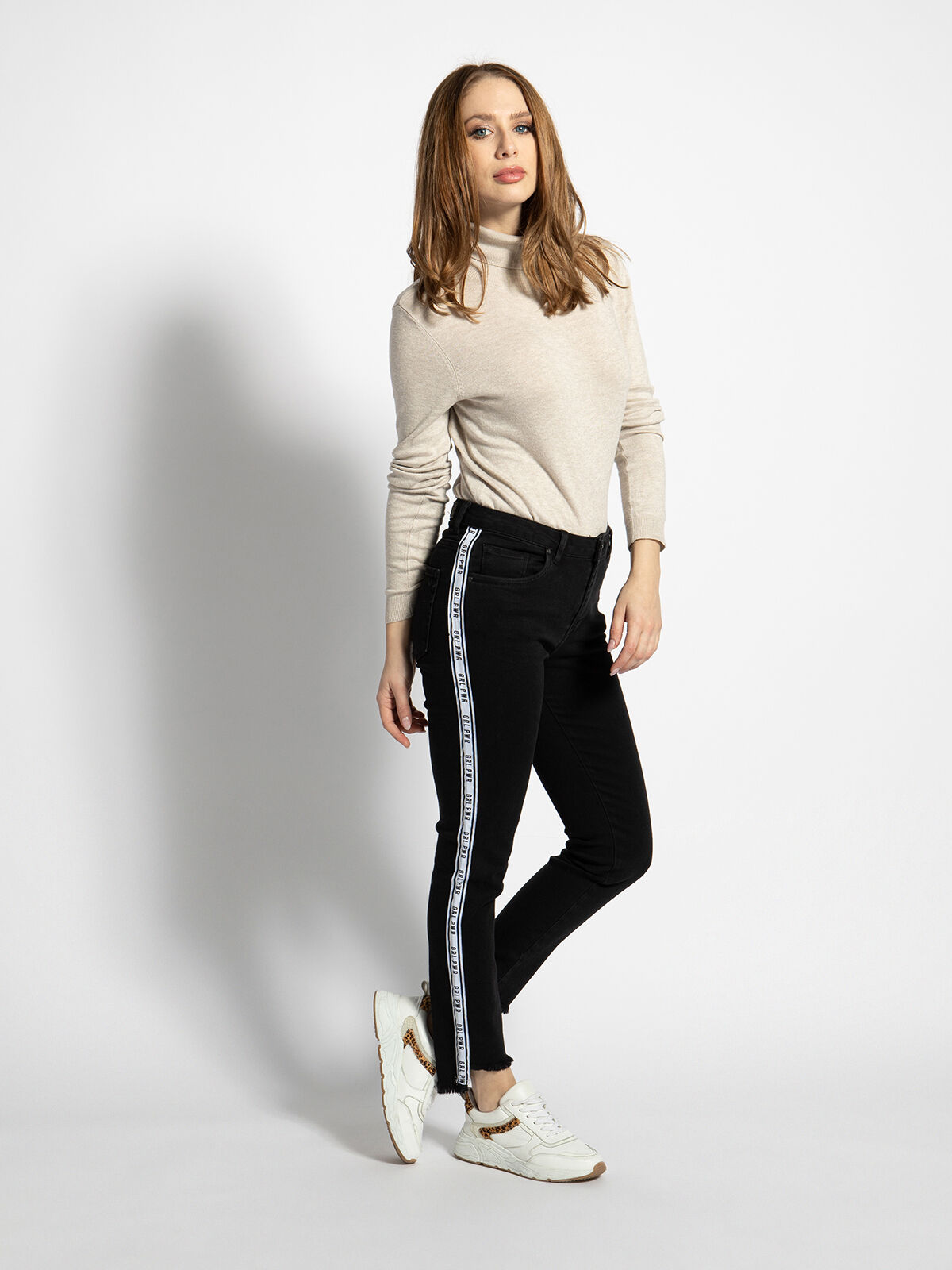 Lina Letter Striped Jeans