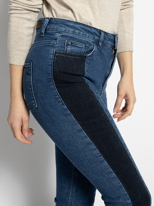 Anvy Jeans