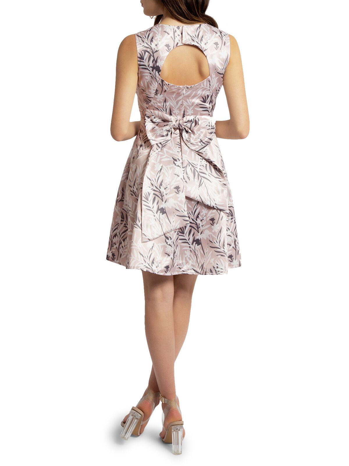 Satijnen jurk